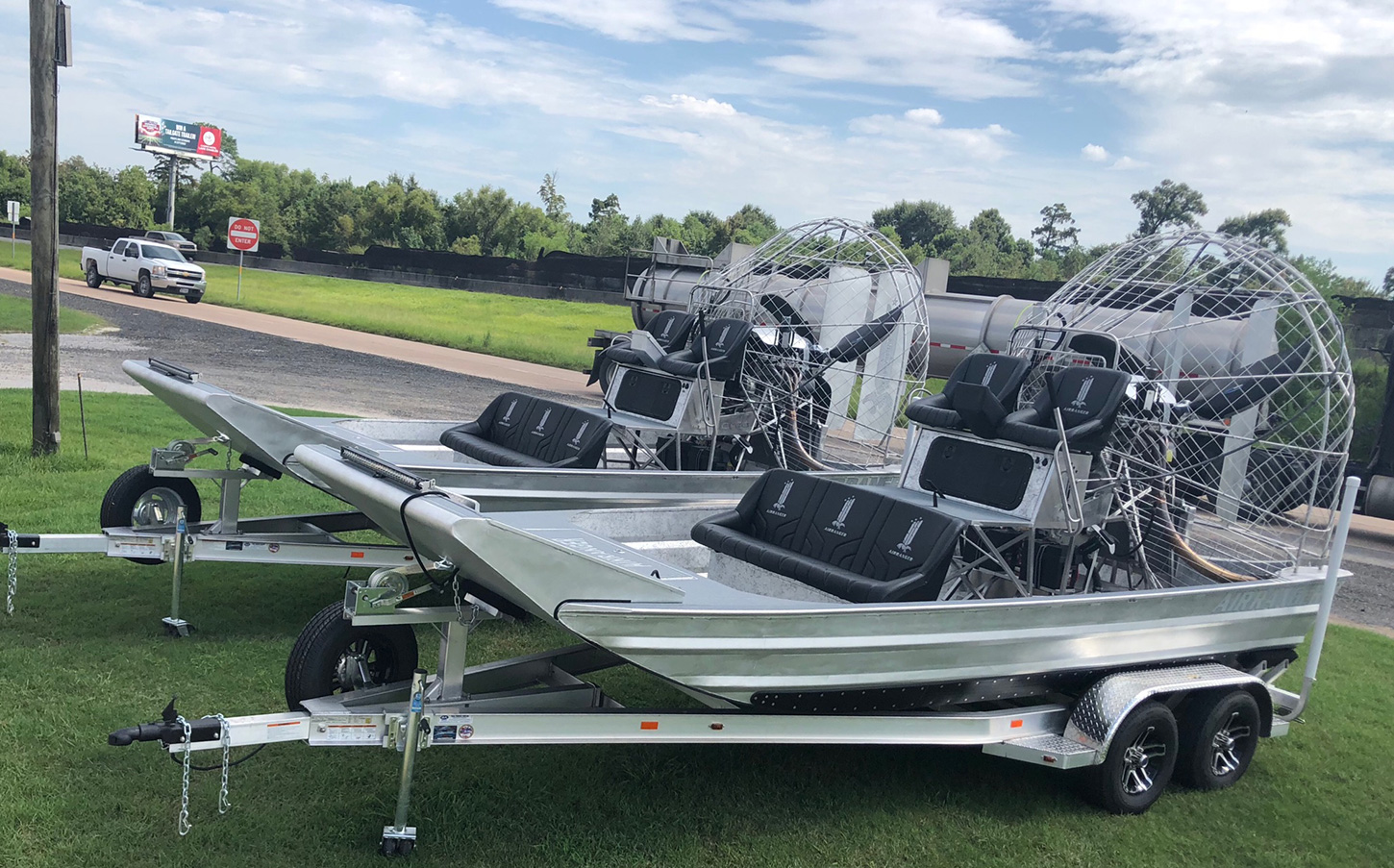 CUSTOM BUILDS | American Airboat Corp